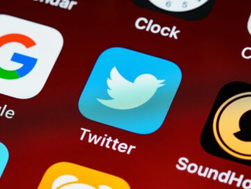 Using Twitter To Promote Your Small Business